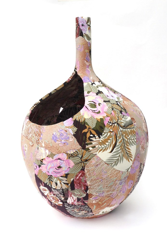 ZHillyard_Bird Vase_45cmX27cm - CRAFTING ENTERPRISE.jpg